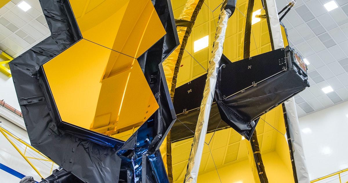 Watch as NASA's James Webb Telescope deploys its massive, honeycomb-shaped mirror