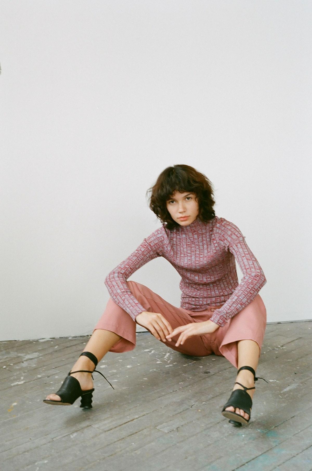 Wide Ribbed Mockneck Sweater