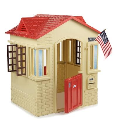 Cape Cottage 3.56' x 2.92' Playhouse
