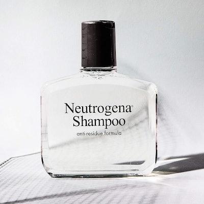 Neutrogena Anti-Residue Shampoo (6 Oz.)
