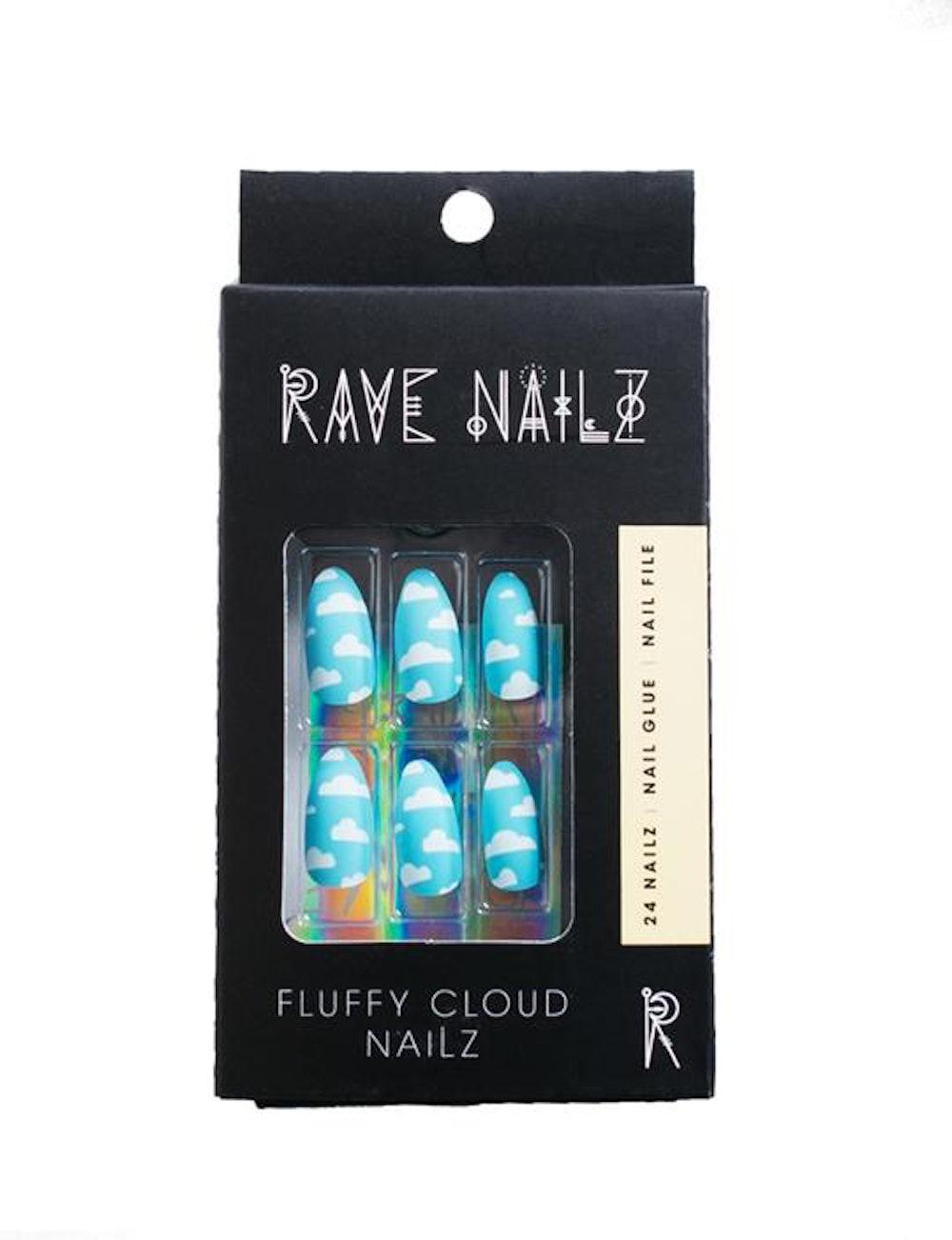 Fluffy Cloud Nailz