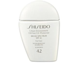 Urban Environment Oil-Free UV Protector Broad Spectrum Face Sunscreen SPF 42