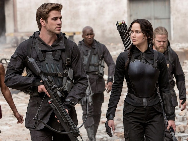 Liam Hemsworth and Jennifer Lawrence in 'The Hunger Games'