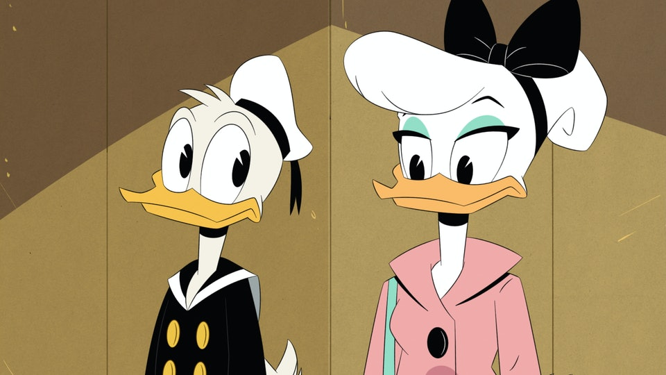 """Donald Duck meets Daisy Duck for the first time in an exclusive clip from the 2017 reboot of """"DuckTales."""""""
