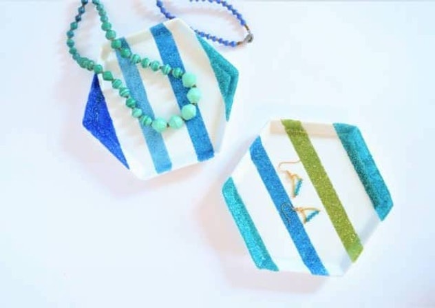 decoupage jewelry plates is an easy mother's day craft kids can make