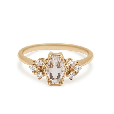 Bea Arrow Hex Ring