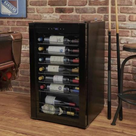 Wine Enthusiast VinoView 36-Bottle Black Stainless Steel Wine Cellar