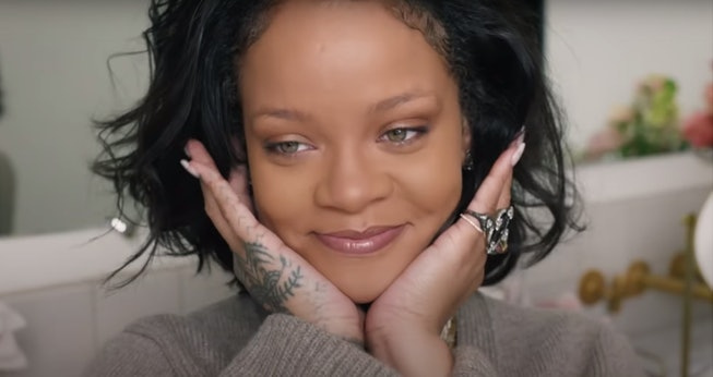 Rihanna Shows Off Fenty Beauty S Cheeks Out Collection In New Tutorial