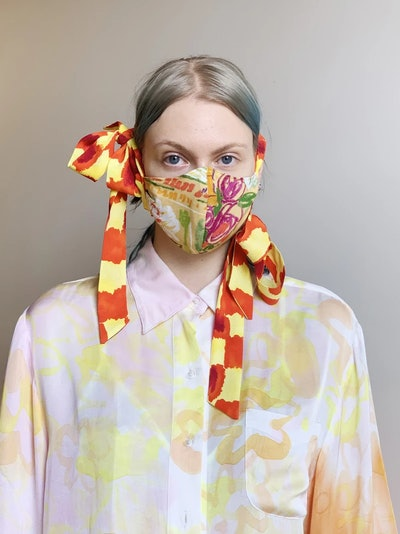 FASHION FACE MASK WITH BOWS