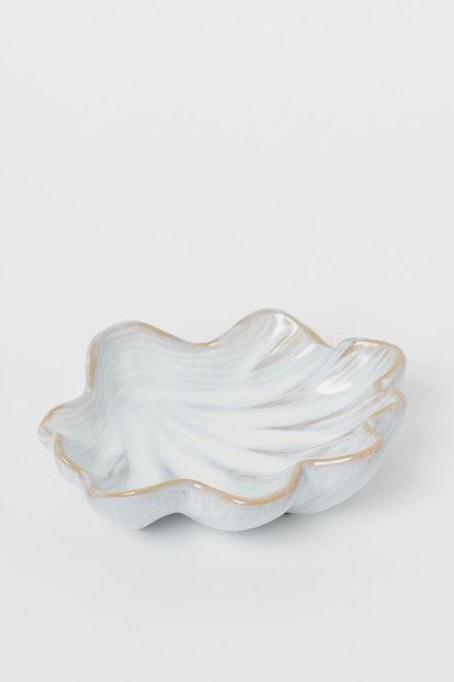 Shell-Shaped Dish
