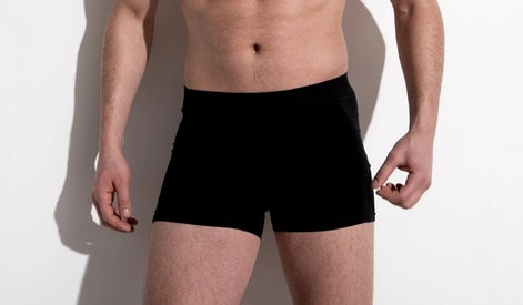 A black pair of HercLéon Fjord underwear.