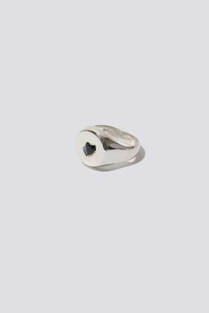 Heart Sapphire Signet Ring