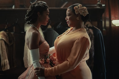 Laura Harrier as Camille Washington & Queen Latifah as Hattie McDaniel in 'Hollywood'
