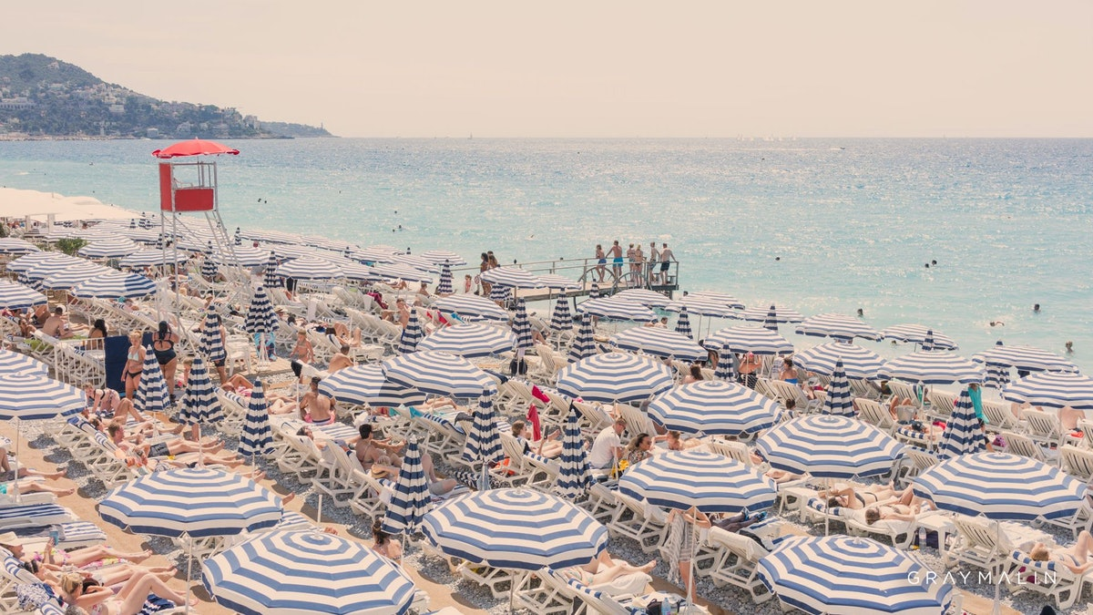 The best beach Zoom backgrounds to make you feel like you're on vacation.