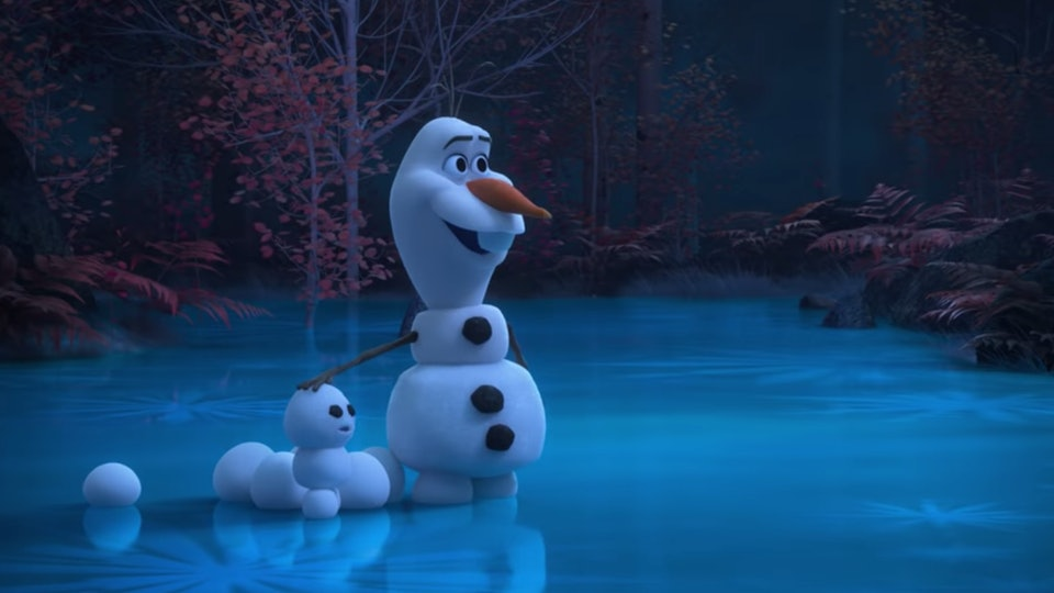 Disney's new 'Frozen' short series features Olaf staying busy at home.