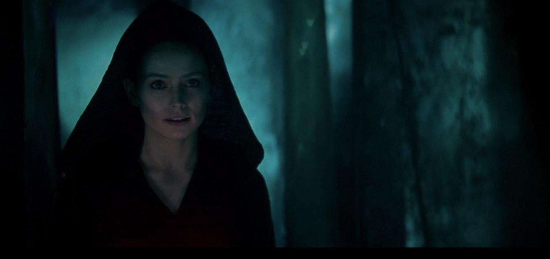 Star Wars Dark Rey S Lightsaber Design Reveals A Complex Secret Backstory