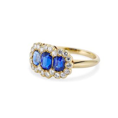 Erstwhile British Victorian Three Stone Sapphire Ring in Gold
