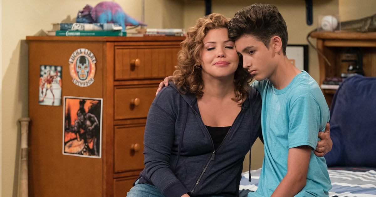 This Week's 'ODAAT' Will Make Talking To Your Family About Masturbation Feel Less Awkward