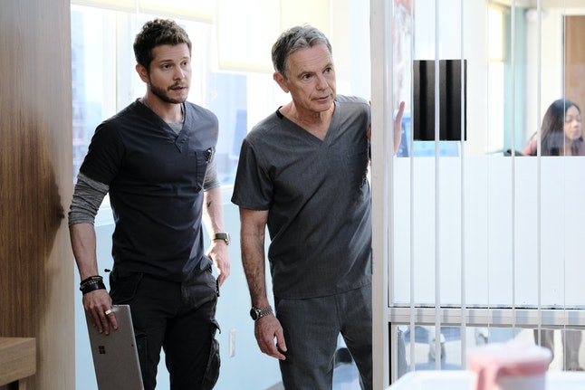 Matt Czuchry and Bruce Greenwood on The Resident