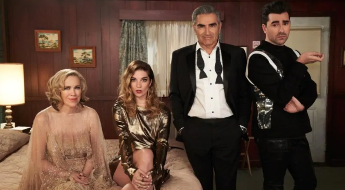 """Twitter users share their sadness during the series finale of """"Schitt's Creek"""""""