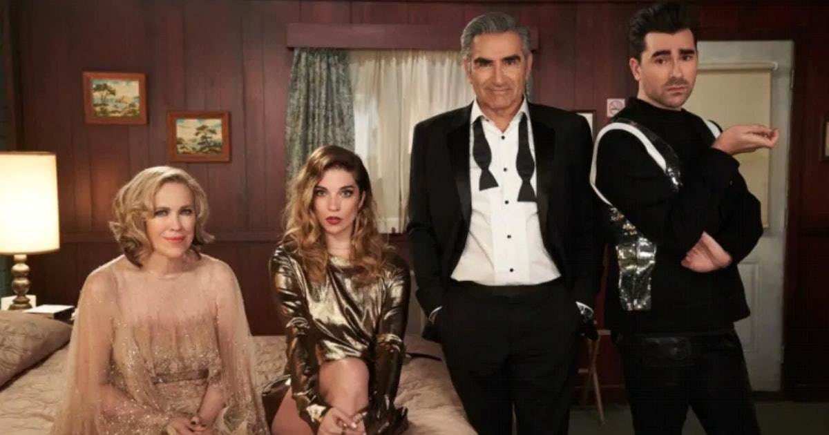 These Tweets About The 'Schitt's Creek' Finale Will Make You Sob Like A Bébé