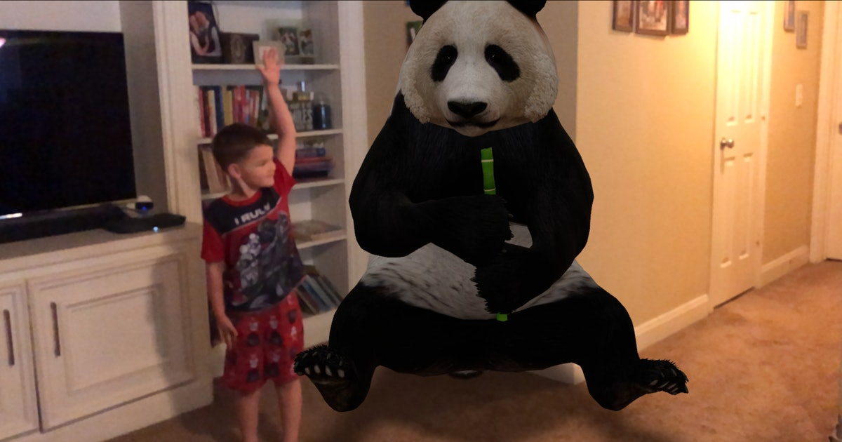 You Can Now Put A Life-Sized Panda In Your Living Room, Thanks To Google