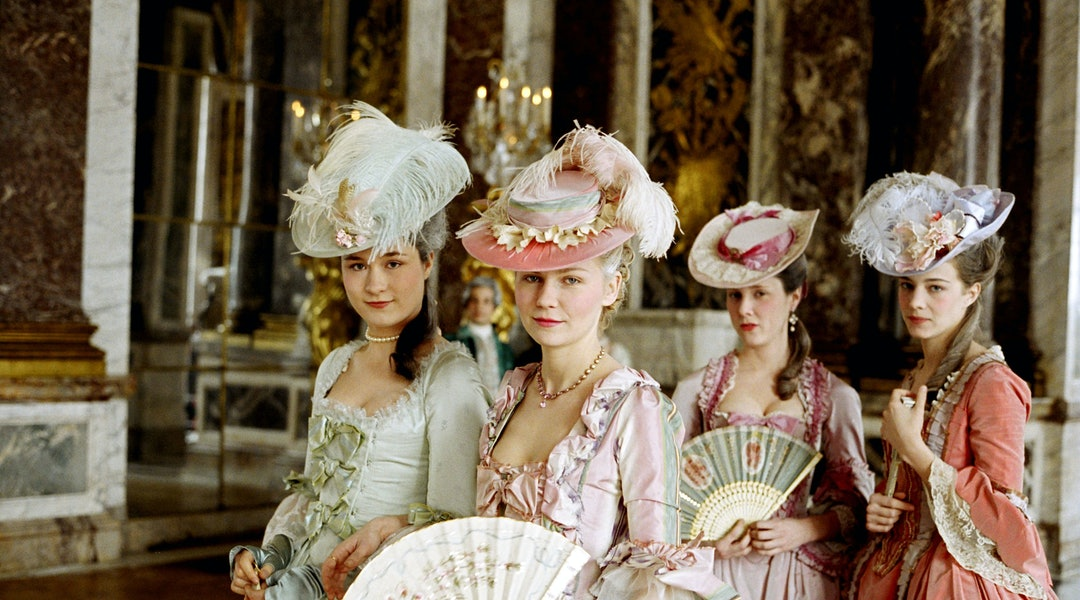 10 Oscar Winning Movies For Best Costume Design To Watch Asap