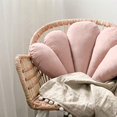 Velvet Shell Pillow