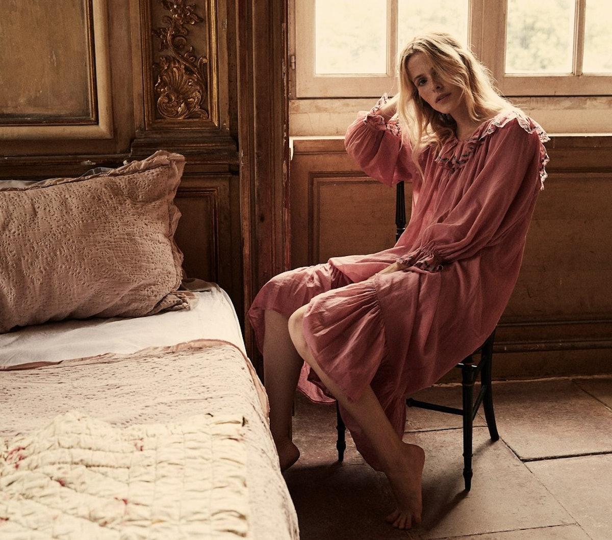 Solaris Nightgown