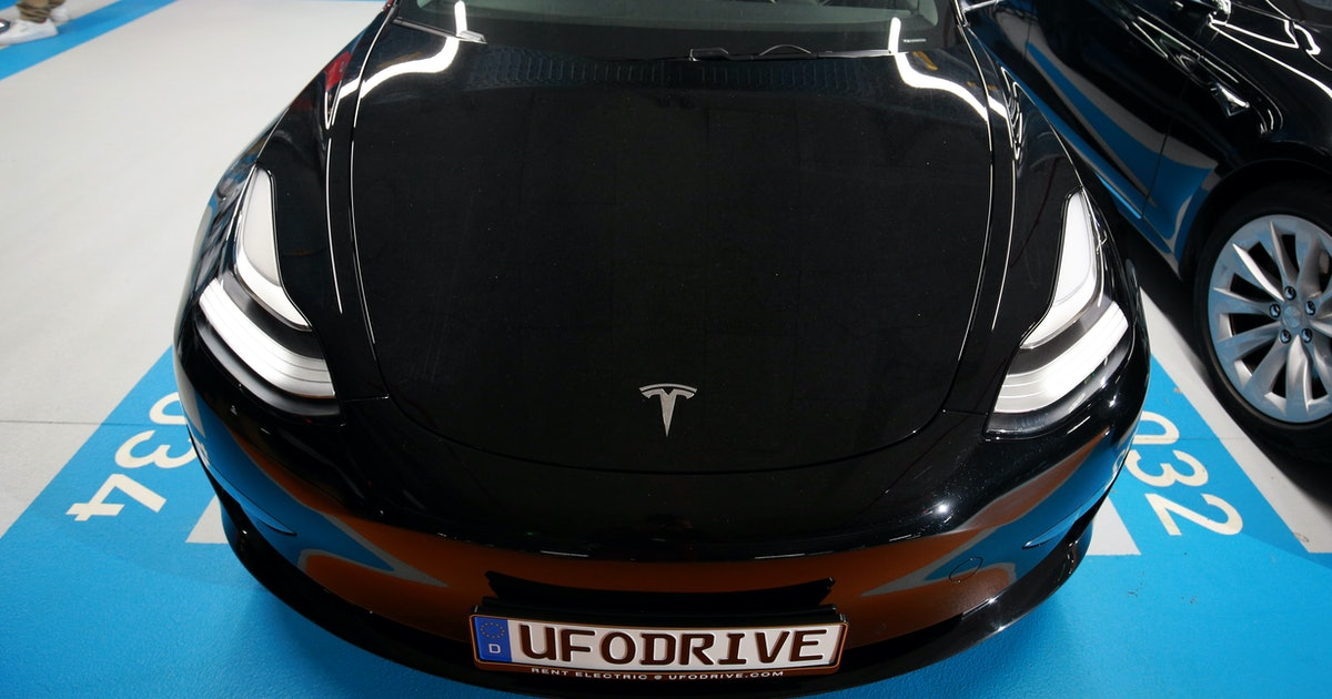 Musk Reads: New Tesla features confirmed