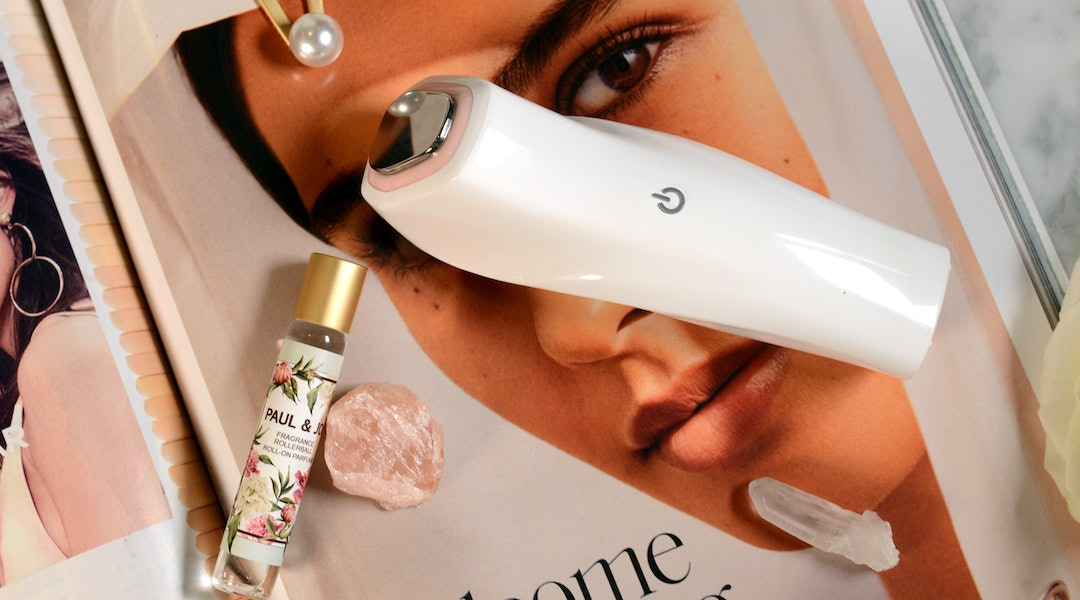 The latest addition to Joanna Vargas' lineup is the Magic Glow Wand, an at-home face massager