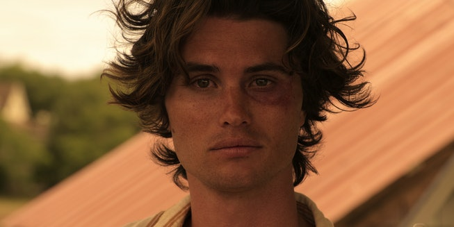 Chase Stokes stars in 'Outer Banks'