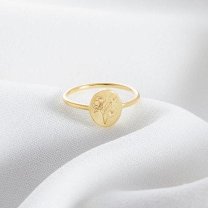 TSKSilver Personalized Birth Flower Ring