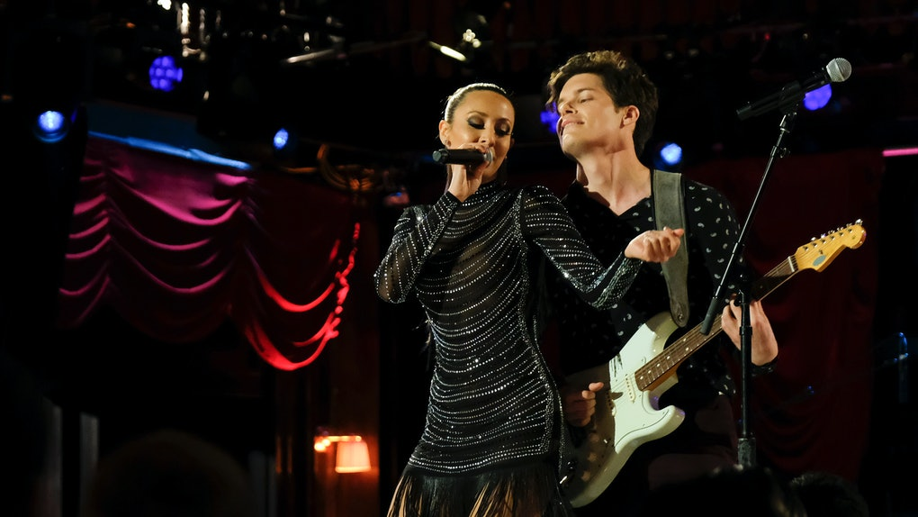 Ryan and Natascha perform on 'The Bachelor Presents: Listen To Your Heart'