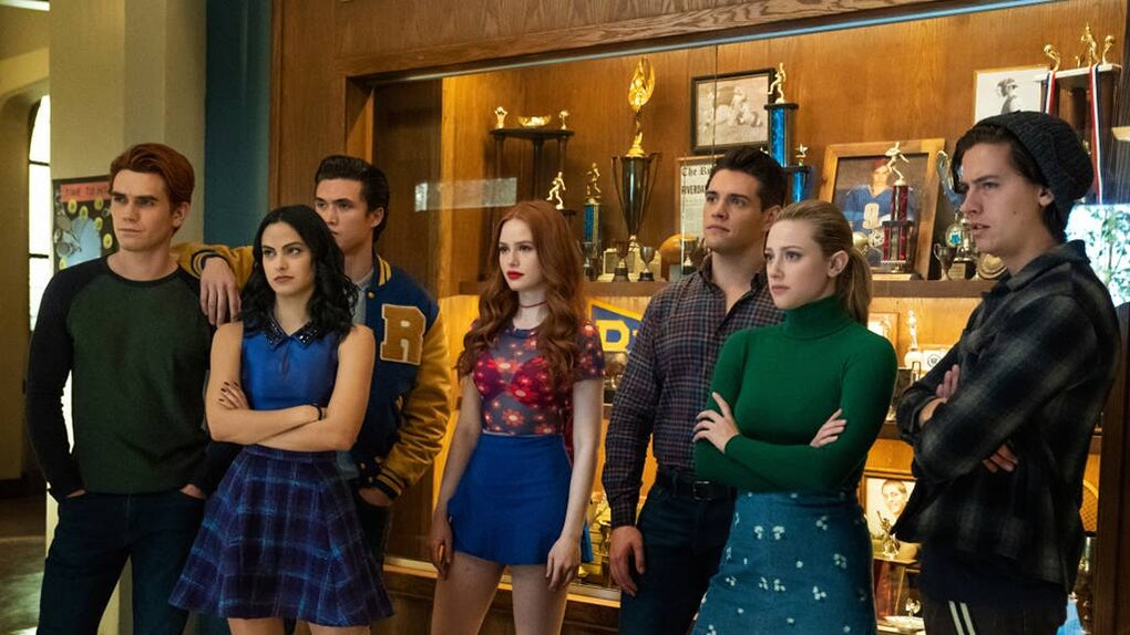 These 'Riverdale' Zoom backgrounds include the characters' favorite haunts.