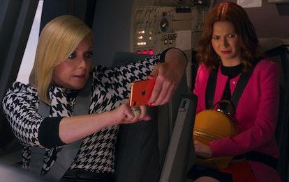 Jane Krakowski as Jacqueline and Ellie Kemper as Kimmy in 'Unbreakable Kimmy Schmidt: Kimmy vs. the Reverend'