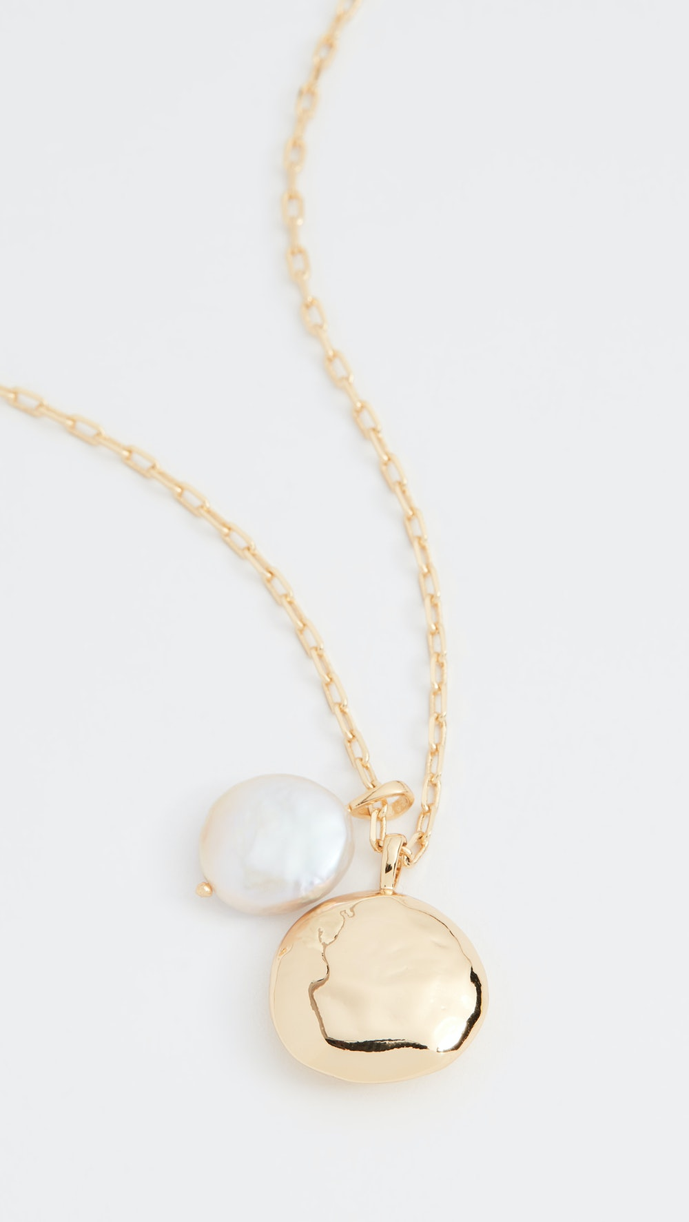 Reese Pearl Pendant Necklace
