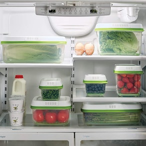 Rubbermaid Produce Conainter