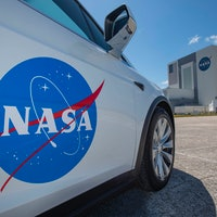 SpaceX Crew Dragon: photos show how Tesla will power the historic mission