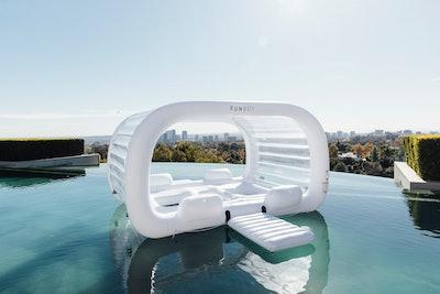 Giant Cabana Dayclub Float