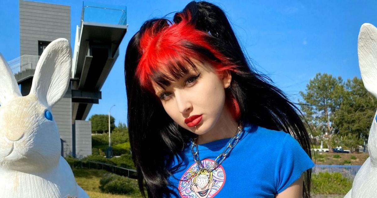 Depop Internet Girl