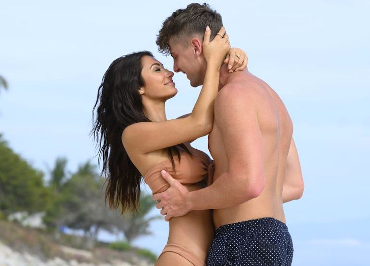 Francesca Farago & Harry Jowsey's body language on Instagram is too hot to handle.