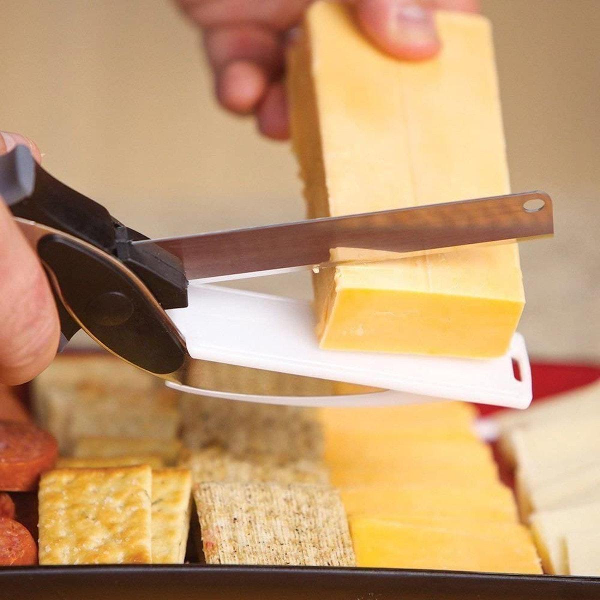 ASHUI 2-in-1 Knife & Cutting Board