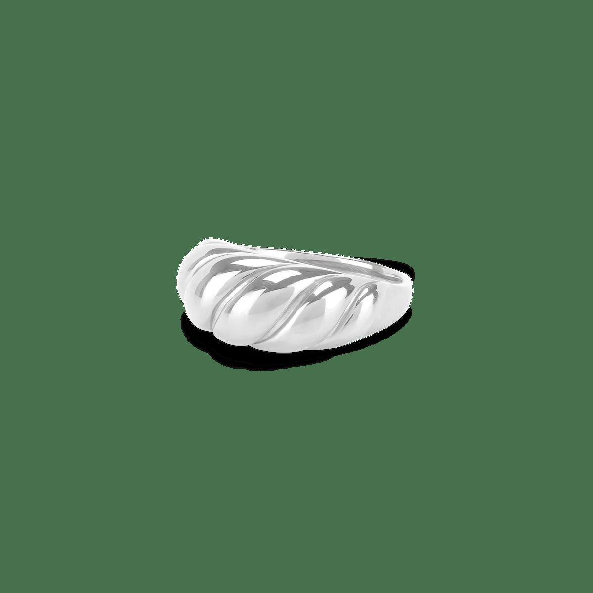 Croissant Dôme Ring