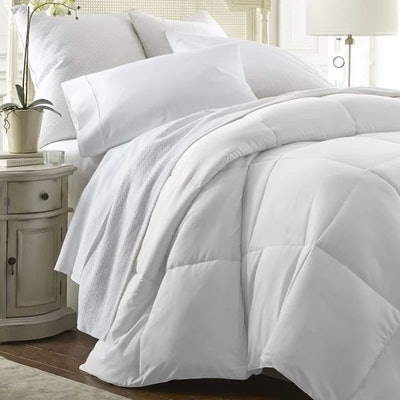 Home All Season Down Alternative Comforter King/California King