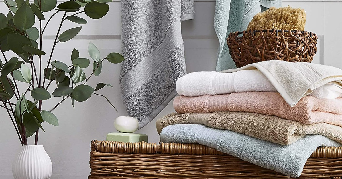 These Eco-Friendly Towels Reduce Your Carbon Footprint — & They're Super Soft Too
