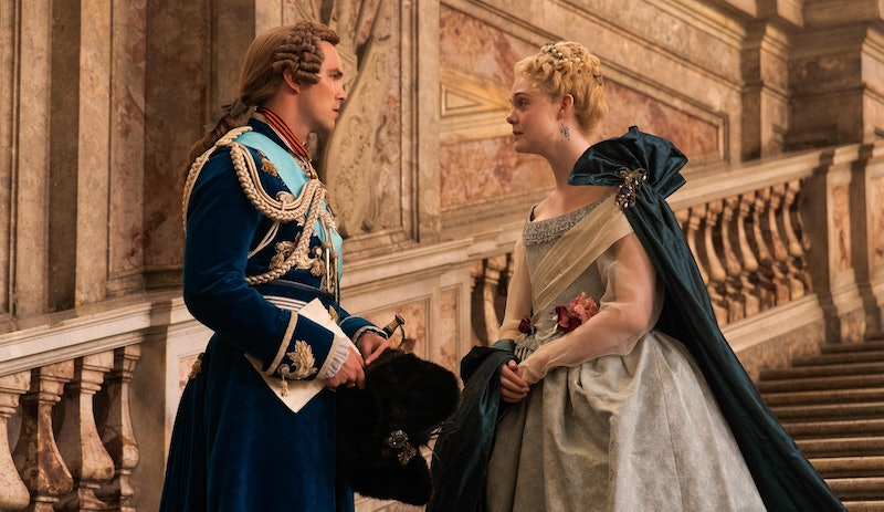 Peter (Nicholas Hoult) and Catherine (Elle Fanning) in 'The Great' Season 1
