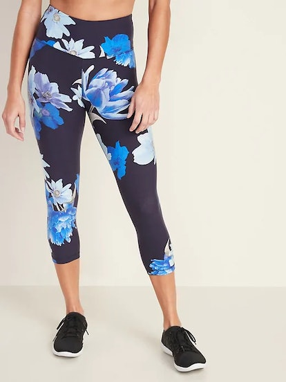 High-Waisted Elevate Floral Compression Crops