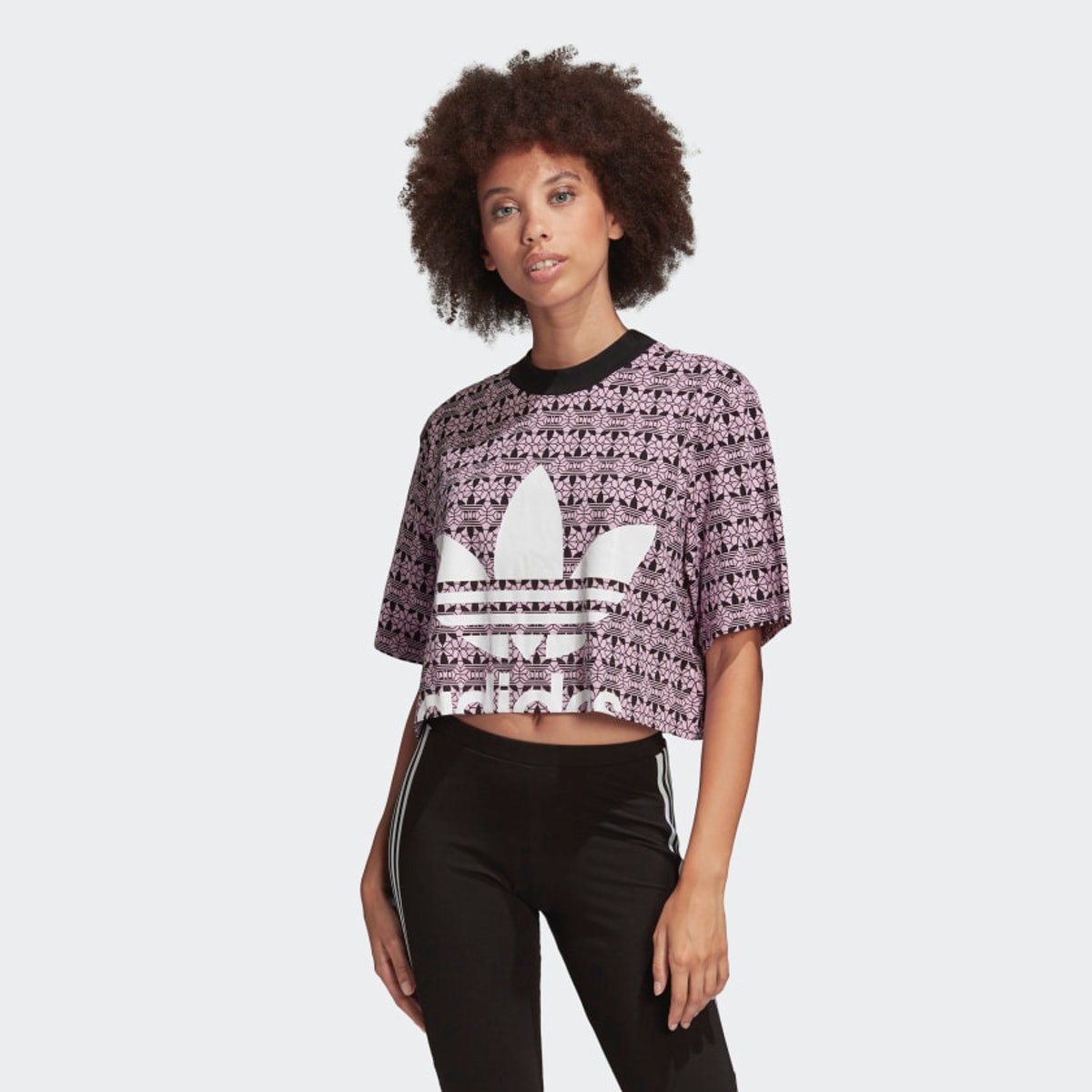 Trefoil Cropped Tee