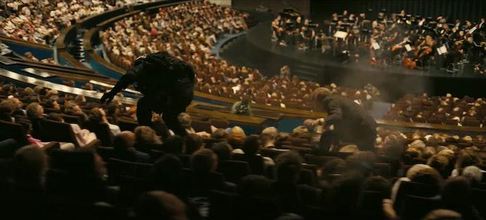 Uma cena ambientada em uma casa de ópera, mas todo mundo está dormindo. Por quê? Warner Bros.